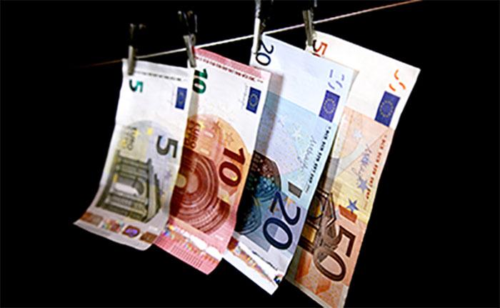 Antiriciclaggio: nuovo monito dell'Unità di Informazione Finanziaria