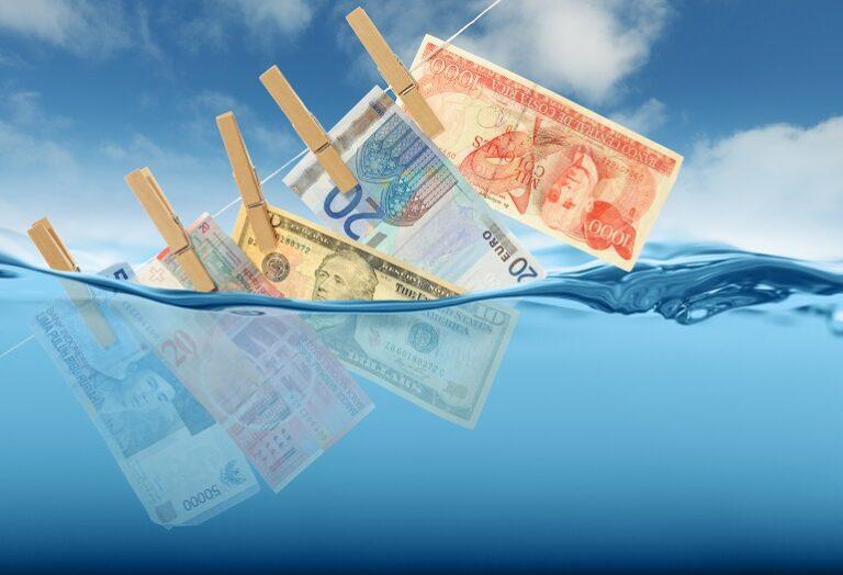 Antiriciclaggio: direttore di banca responsabile per omessa SOS